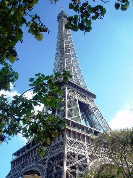 Paris - - - foto door mariekevb92 op 23-08-2009 - deze foto bevat: tower, marieke, van, bergen, paris, eiffel