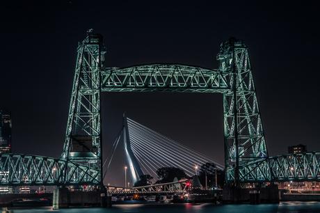 de twee mooiste bruggen van Rotterdam
