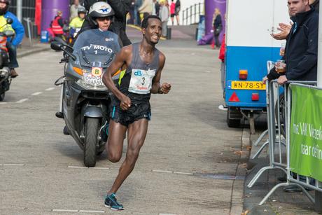 Winnaar Marathon Eindhoven 12-10-2014 Tilahun Regassa