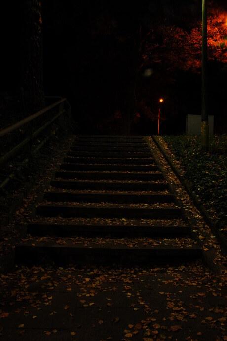 trap in de nacht