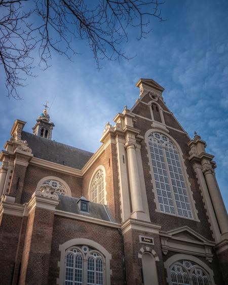 Westerkerk - Amsterdam uiteraard. - foto door RobMenting op 04-03-2021 - deze foto bevat: lucht, amsterdam, licht, architectuur, kerk, gebouw, stad