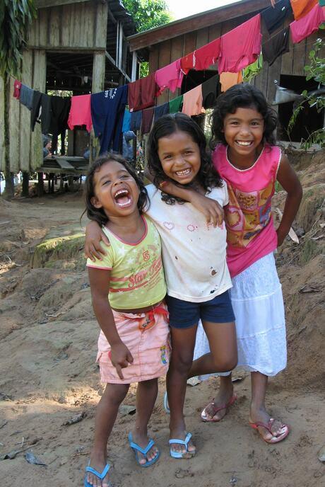 Happy colourfull Amazonegirls