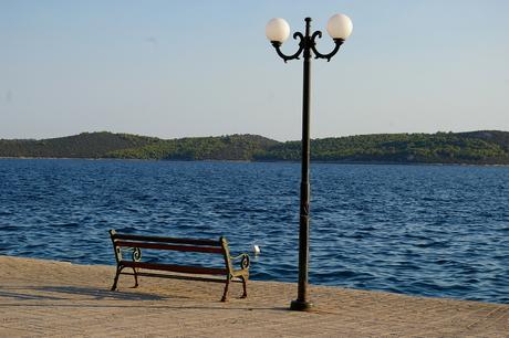mooi weer, mooie zee en heel leuk bankje