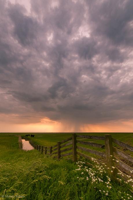 RAIN CLOUDS NOORDERLEECH