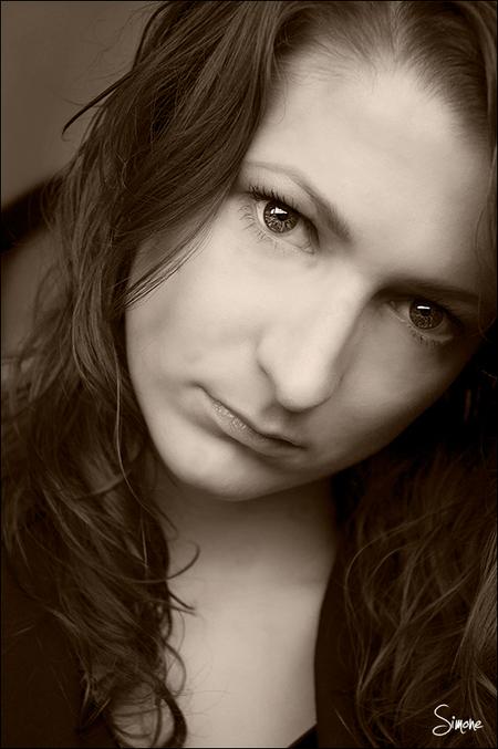zelfportret - zelfportret - foto door frostwood op 25-11-2012 - deze foto bevat: zelfportret