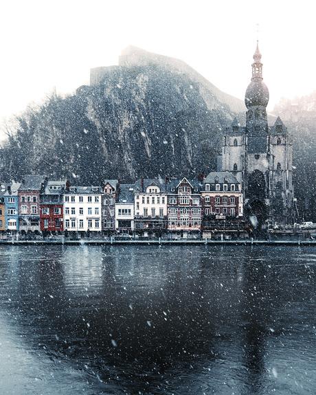 Sneeuw in Dinant