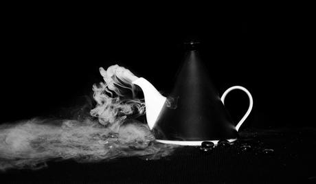 waar rook is........................