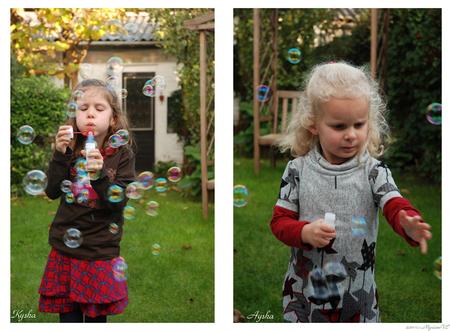 Bellen blazen en/of vangen - Woensdagmiddag 19/10/11 Kleinkinders (6j. en bijna 4j.) in de herfst-tuin: bellen blazen ... puur plezier :-) - foto door MyriamVE op 21-10-2011 - deze foto bevat: bellen, blazen, kleinkinderen