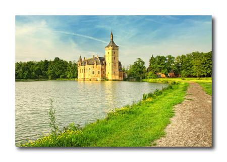 Kasteel van Horst 2!! - Hallo... nog eentje van kasteel van Horst...   iedereen ook bedankt voor de reacties bij mijn vorige foto...  Grtz, Nico - foto door smeagol op 20-06-2010 - deze foto bevat: smeagol, kasteel van Horst, Eos 50D