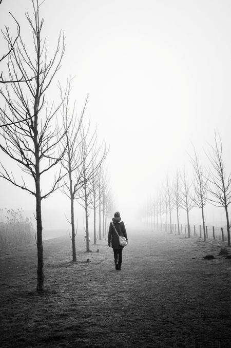 image - - - foto door Samoe op 28-02-2015 - deze foto bevat: donker, licht, mist, verlaten, zwart wit