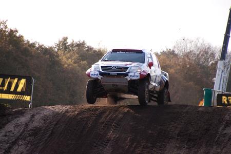 pre proloog dakar 2014 - - - foto door Br4m op 10-11-2014 - deze foto bevat: race, sport, auto, rally, autosport, circuit, valkenswaard, coureur, dakar, eurocircuit, Pre Proloog