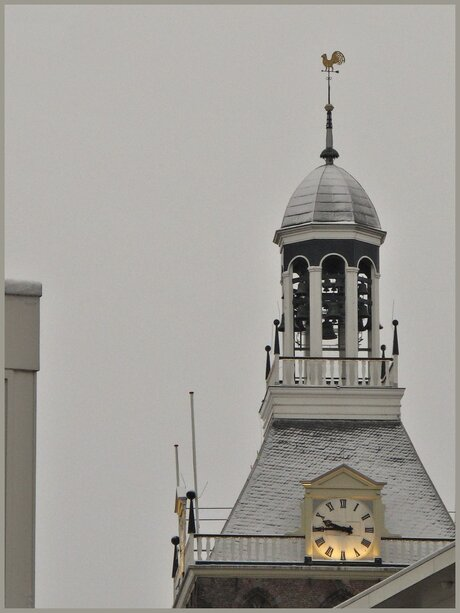 Meppeler toren met sneeuw