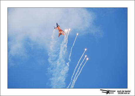 F16 met Flares