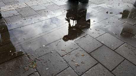 Spiegeltje spiegeltje in de regen