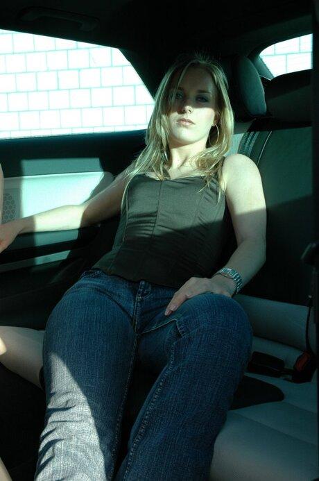Ellen in Audi A3