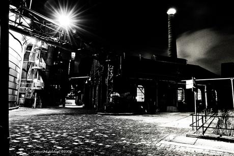 Nachtfoto Fabriek I