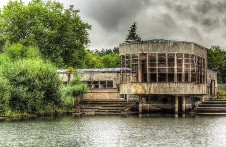 oud zwembad