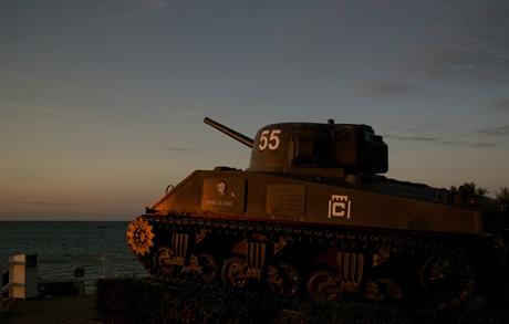 Sherman tank @ Arromanches