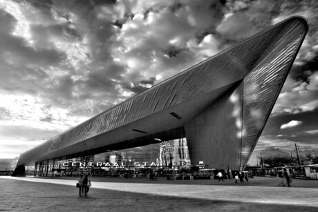 Rotterdam Centraal HDR ZW.jpg