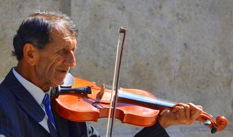 de straatviolist van Vigo