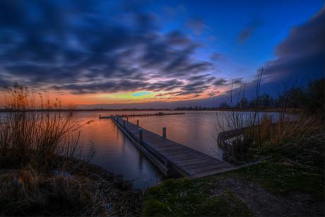 Elfhoeven plas zonsondergang