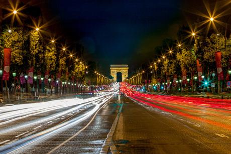 Paris by night (arc de triomphe)