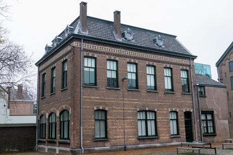 Markant gebouw van het textielmuseum Tilburg 1/2