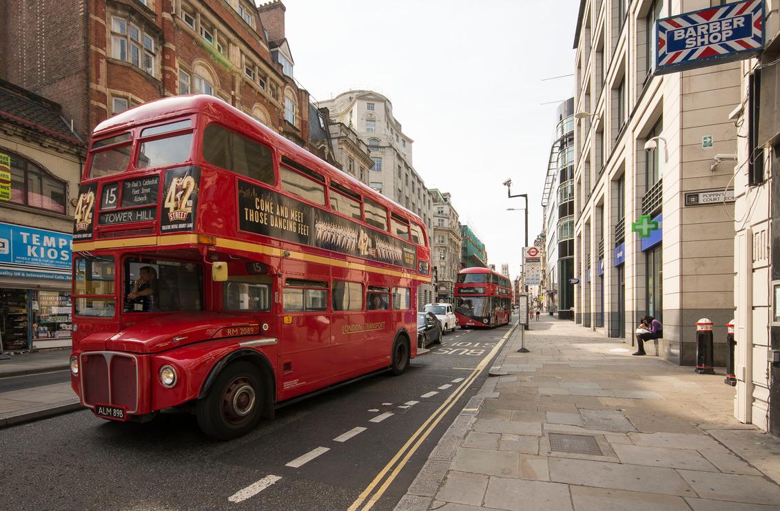 Londen - Fleetstreet - Londen - Fleetstreet - foto door mdwaard op 28-09-2017 - deze foto bevat: londen, london, engeland, engelse bus, dubbeldeks bus, groot britanië, fleetstreet
