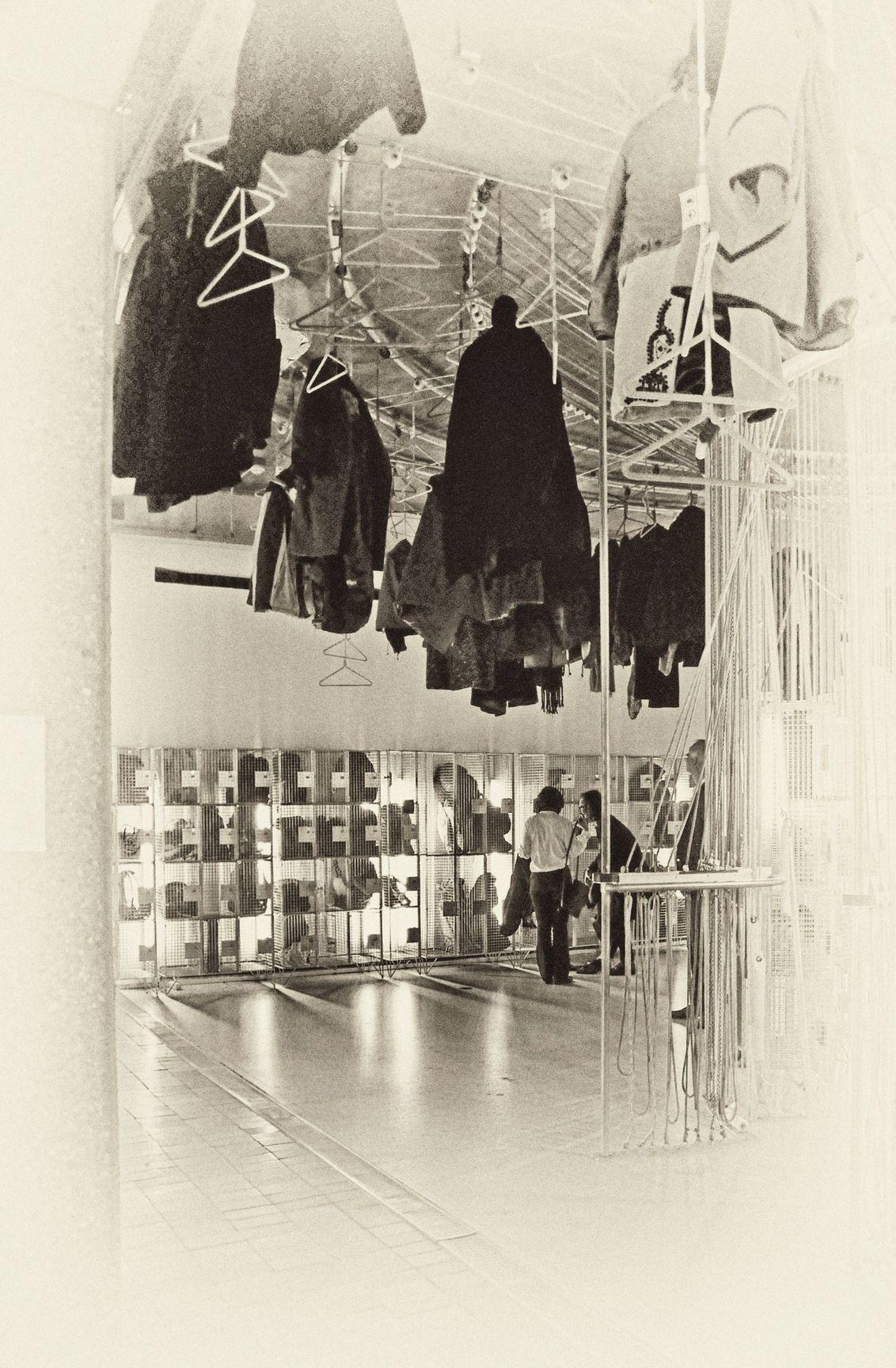 Ertsmijn Rammelsberg? - ROTTERDAM -  Nee . . .de entréé van Museum Boijmans van Beuningen.   . . . dit deed me denken aan de ertsmijn Rammelsberg (Harz Gorslar)    Ieder - foto door 1103 op 22-02-2019 - deze foto bevat: rotterdam, bewerkingsuitdaging, Museum Boijmans Van Beuningen, nostalgische sfeer