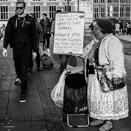 praise him - - - foto door peterspostbus op 17-01-2017 - deze foto bevat: amsterdam, reclame, straatfotografie, religie, geloof, straatfoto, ptr, ptr's pics, fuji x100t