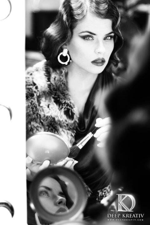 No shades of grey - Model: Tamara van Meeteren Make-up/hair: Hugo Portier - foto door deepkreativ op 12-12-2013