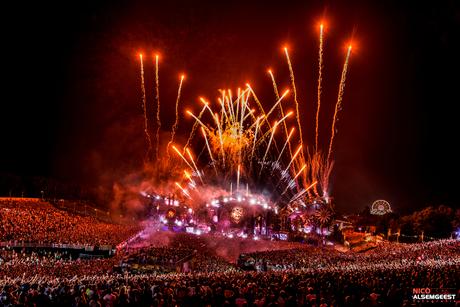 Vuurwerk Tomorrowland