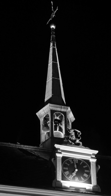 Light Festival - AMSTERDAM - The Grand Hotel - foto door 1103 op 05-01-2014 - deze foto bevat: tower, time, black
