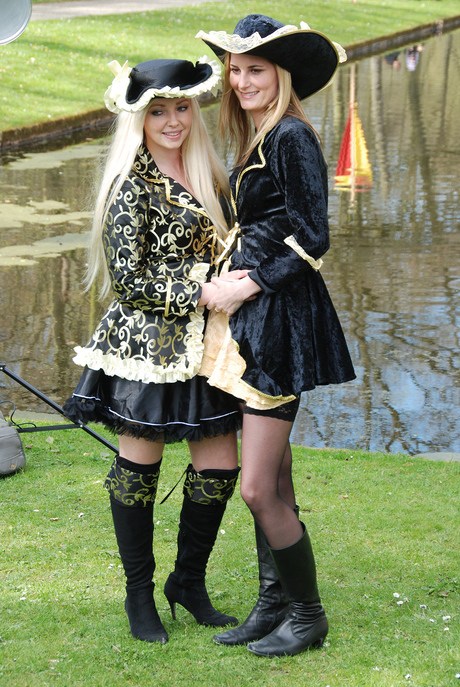 Elf Fantasy Fair te Haarzuilens 21 april 2013.JPG