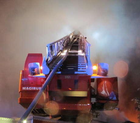 Brandladder in de rook