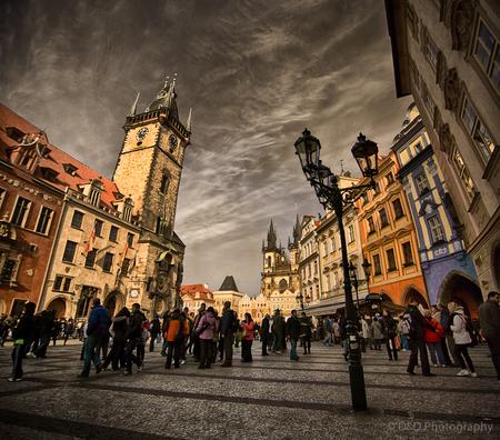 Praag - Uit Wiki: Praag wordt beschouwd als een van de mooiste steden van Europa en het historische centrum staat op de Werelderfgoedlijst van UNESCO. Het is - foto door DadoDanielaPhotography op 17-02-2013 - deze foto bevat: kerk, praag, tsjechie, moldau, Sint-Vituskathedraal, Wenceslaus