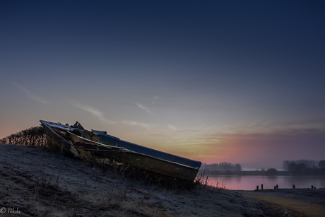 Het verlaten bootje op de Schulensmeer