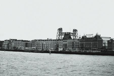 Rotterdam - - - foto door eurocab1973 op 02-11-2019 - deze foto bevat: rotterdam, kade, hefbrug