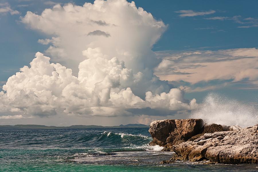 Kust Curacao - De ruige kust van Curacao - foto door sjoisie73 op 07-01-2012 - deze foto bevat: zee, kust, curacao