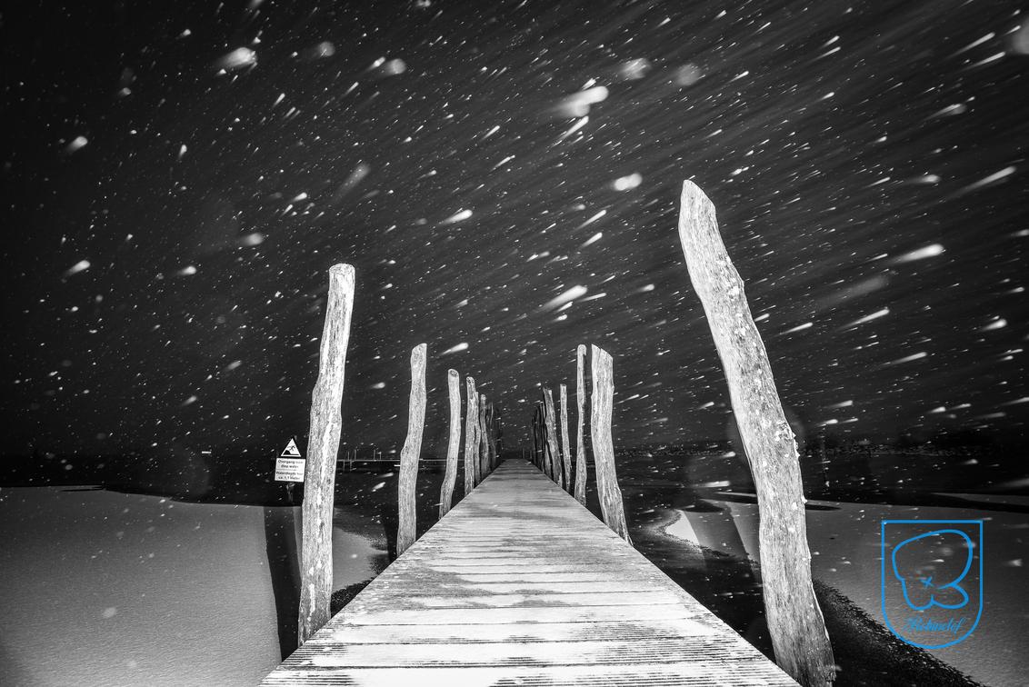 Sneeuw in zeewolde - heerlijk om met dit weer platen te schieten! - foto door robinvanmaanen op 14-01-2017 - deze foto bevat: lucht, wolken, zon, strand, zee, water, dijk, vuurtoren, tulpen, panorama, lente, natuur, licht, boot, herfst, sneeuw, winter, kasteel, avond, zonsondergang, vakantie, ijs, spiegeling, landschap, mist, heide, duinen, bos, tegenlicht, zonsopkomst, bomen, kerk, storm, zand, bergen, meer, haven, pier, maan, brug, rivier, molen, nacht, kust, polder, steiger, hdr, zeewolde, lange sluitertijd
