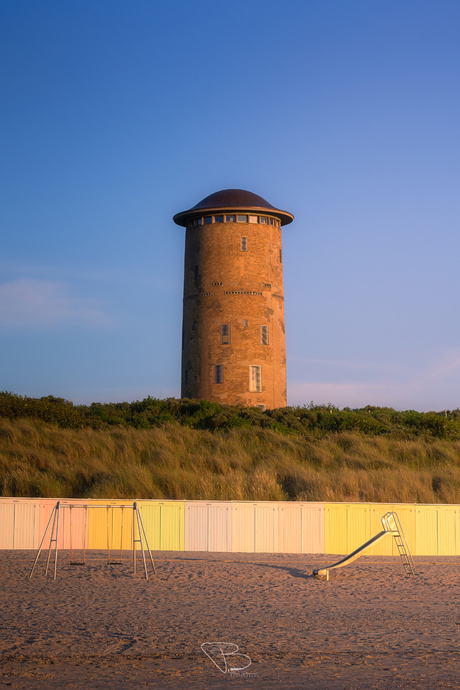 Strand Domburg op warme zomeravond