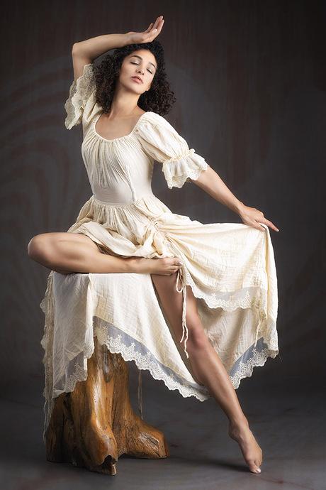Mischkah In White Dress