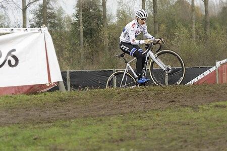 Photography - sportfotgrafie - foto door focuscabrio op 14-04-2021 - locatie: België - deze foto bevat: fiets, wiel, band, fietsen - uitrusting en benodigdheden, landvoertuig, fietswiel, fietsframe, helm, sportuitrusting, fietsstuur