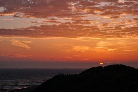 Zonsondergang vanaf de duinen