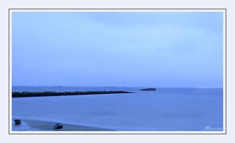 Blue hour Haringvliet