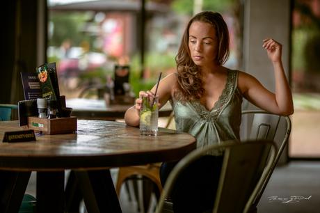 Model: Karen Netscher