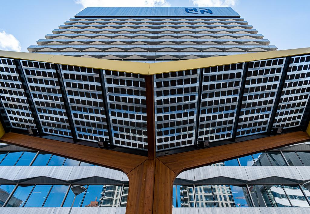 Den Haag 5 - XXX - foto door Jaap93 op 15-04-2021 - locatie: Den Haag, Nederland - deze foto bevat: den haag, wolkenkrabber, gebouw, rooster, kap, licht, toren, architectuur, torenblok, stedelijk ontwerp, condominium