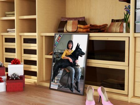 The photo frame 3 - Bewerkt. Dus alles er in geplakt.  Hier zie je mijn vrouw met O'Jay waarbij de achtergrond niet is aangepast. En zo blijft je lekker aan het hobbyen. - foto door artmen op 12-04-2021 - deze foto bevat: jeans, schoen, boekenkast, kasten, plank, hout, rekken, interieur ontwerp, comfort, verdieping