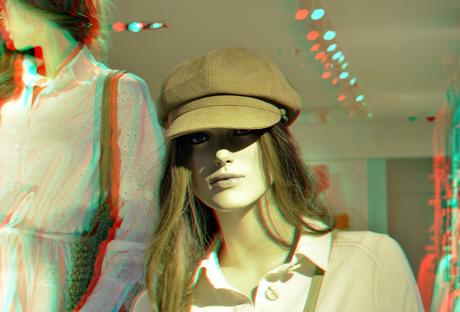 fashion-doll shop-window Rotterdam 3D