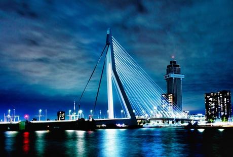 Erasmusbrug met Zalmhaventoren